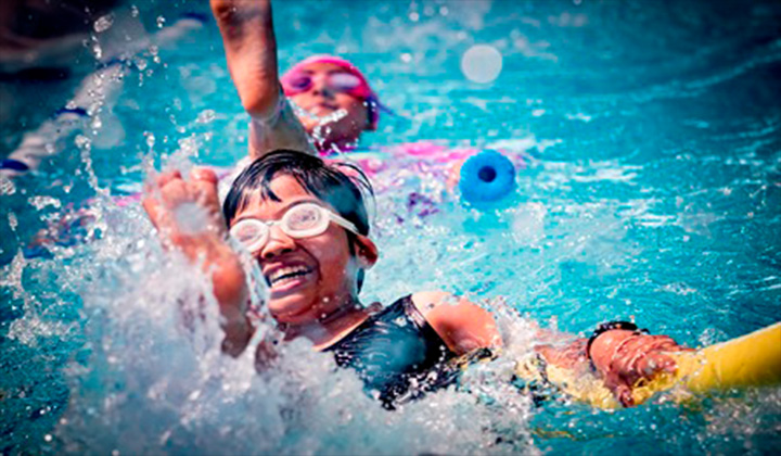 top 4 trung tâm dạy học bơi quận 8
