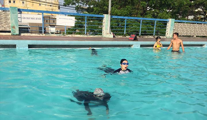 Trung tâm dạy bơi 9999